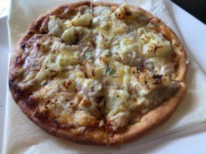 カントリーハウスツナとのポテトのピザ