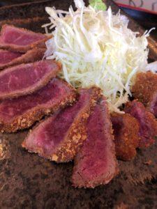 まる勝 牛ロース定食2