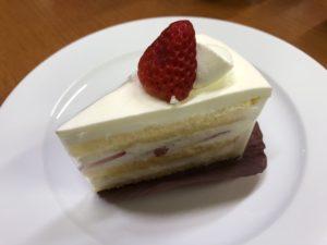 ササンボン イチゴショートケーキ
