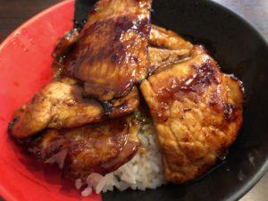 伊予製麺 炙り豚丼