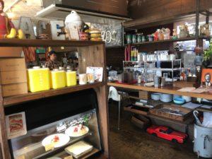 エースバーガーカフェ 店内1