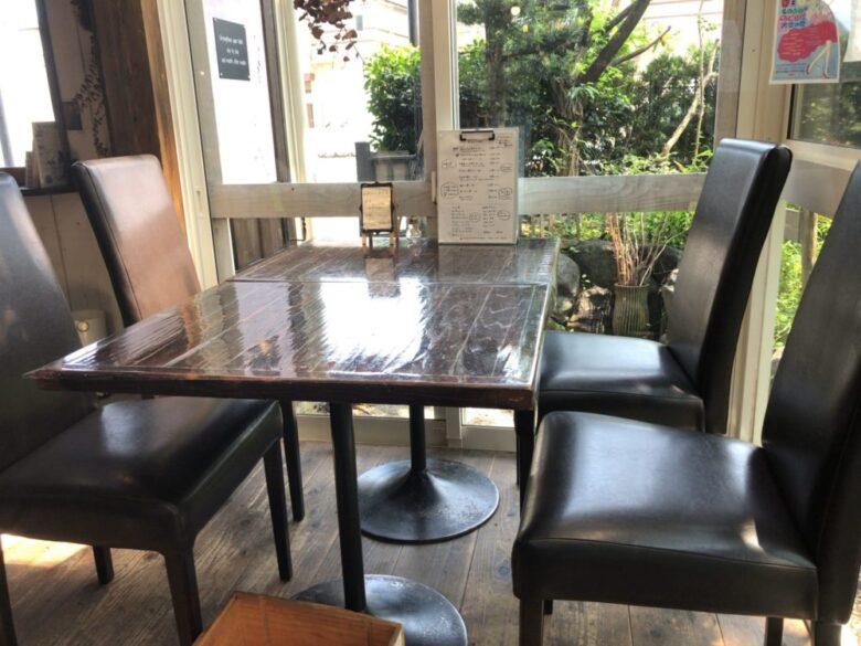 akatoki テーブル席2